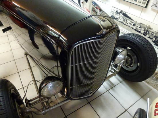 '32 Ford Hot Rod -The Nickel Car grille